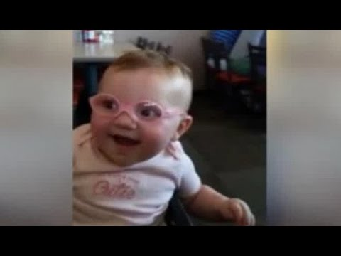 Baby Piper Sees Parents For First Time After Getting Glasses - Her Reaction Will Melt Your Heart