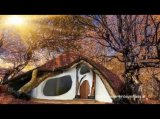 Hobbithaus aus nur einem Baum in Österreich - das EinBaumHaus