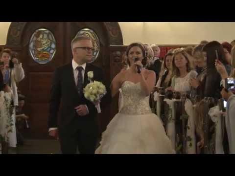 Gute Nachrichten Video - Braut singt auf ihrer Hochzeit